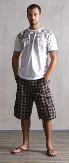 PMMen-9 Tシャツ 53305BASIC TEE 2.1 カラー100 ¥5500 パンツ53363MONSTER カラー88412 ¥13000.jpg