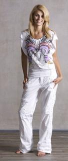 PMwomen-23 トップス57443 BUSY LIZZY カラー100 ¥5500 パンツ57467 VERONICA カラー100 ¥13000.jpg